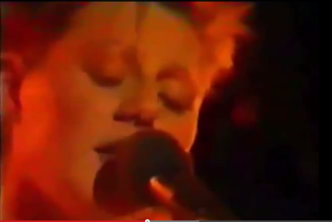 Amazing Cocteau Twins mini concert from 1984   Rare setlist featuring entire Spanglemaker EP!