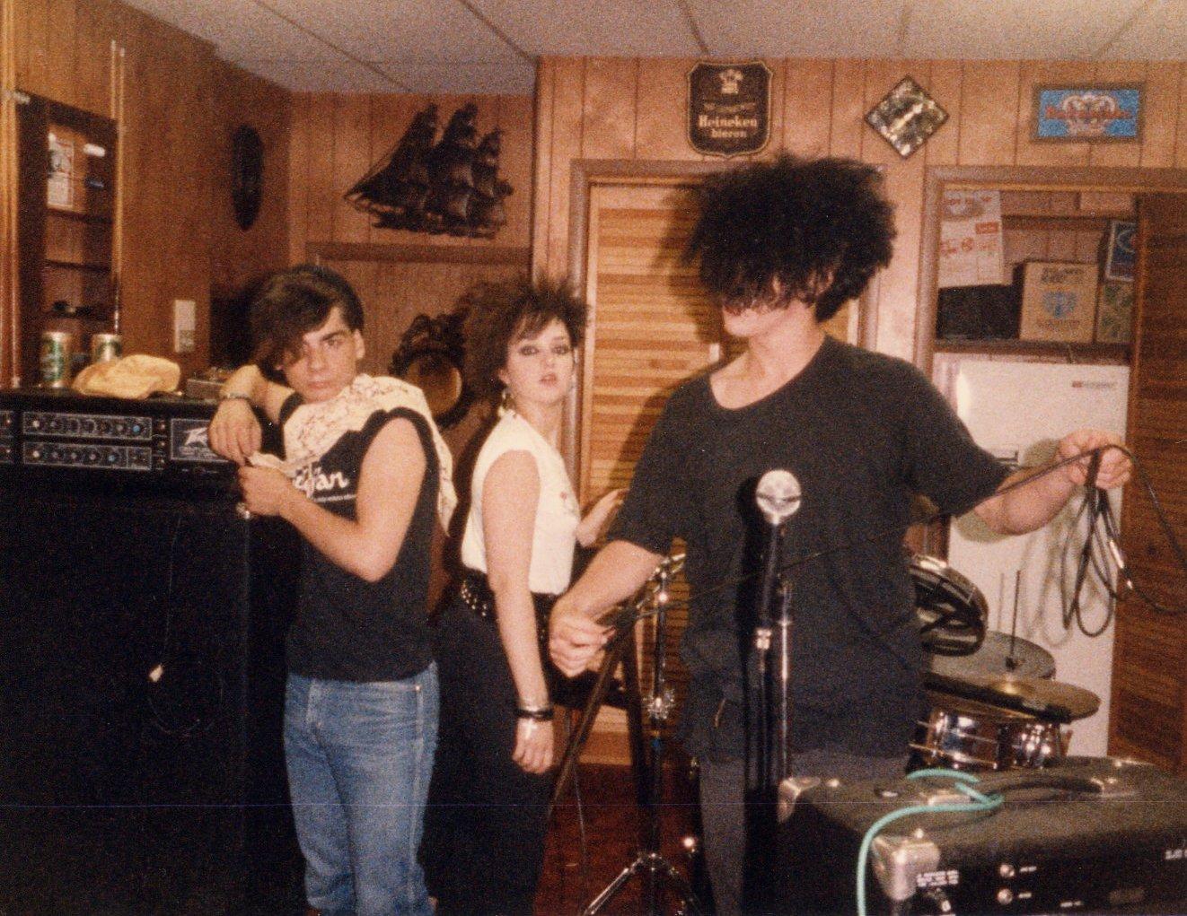 1985-07 a