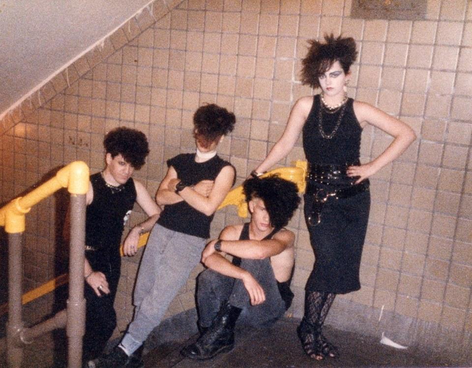 thenakedandthedead1985