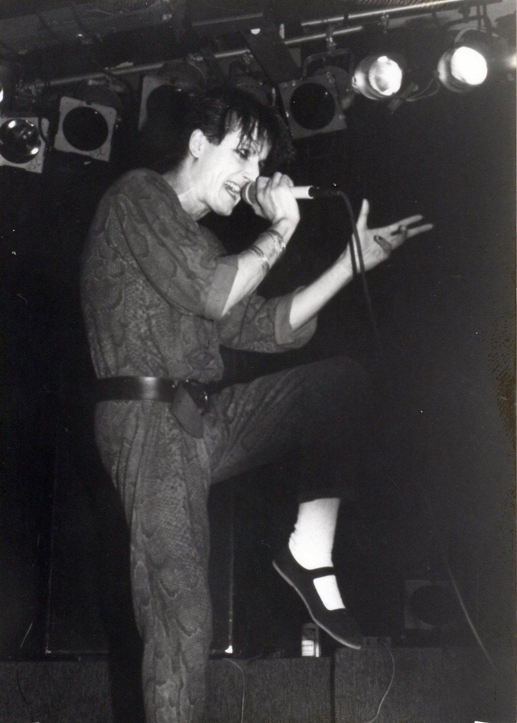 1985-03-09 b