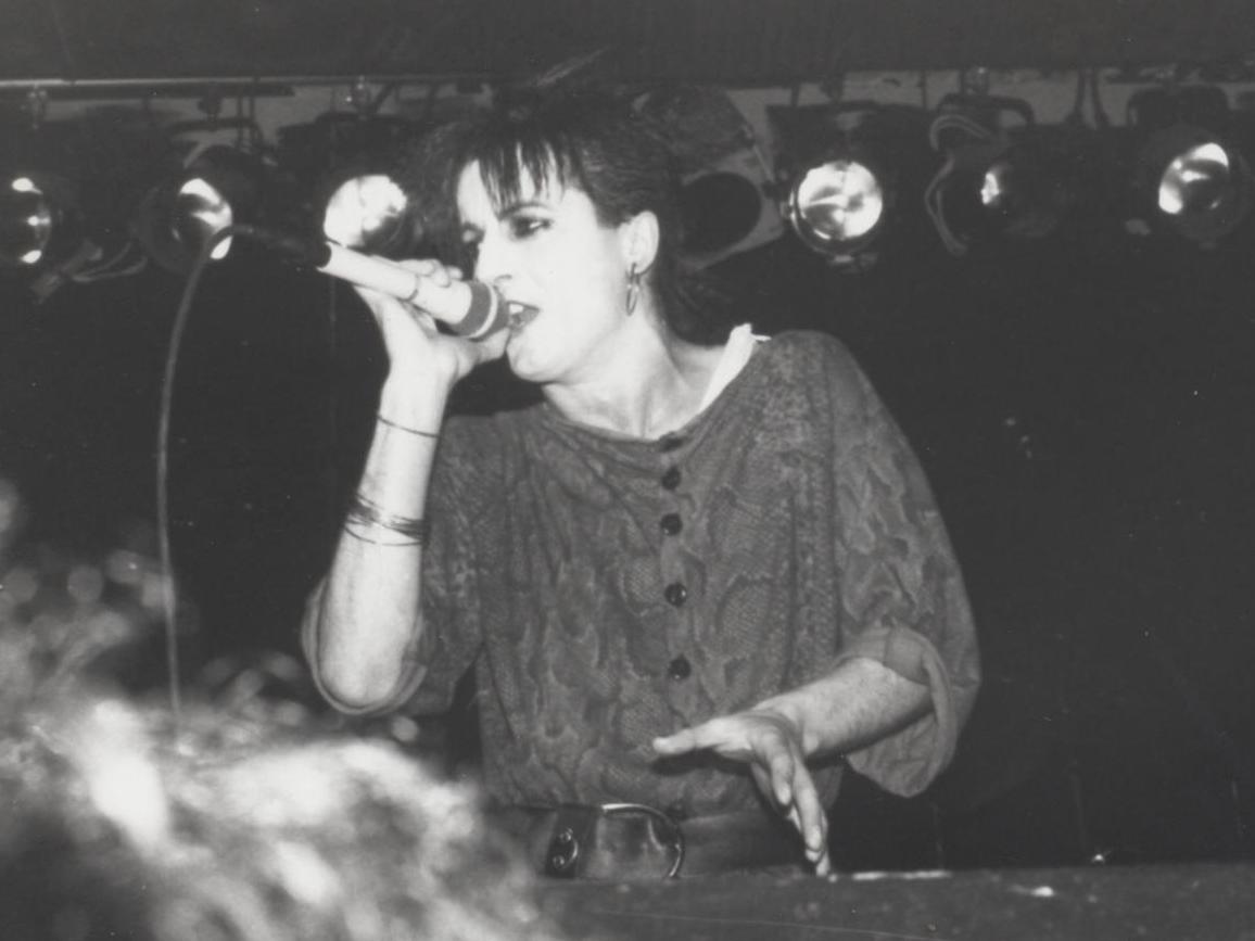 1985-03-09 e