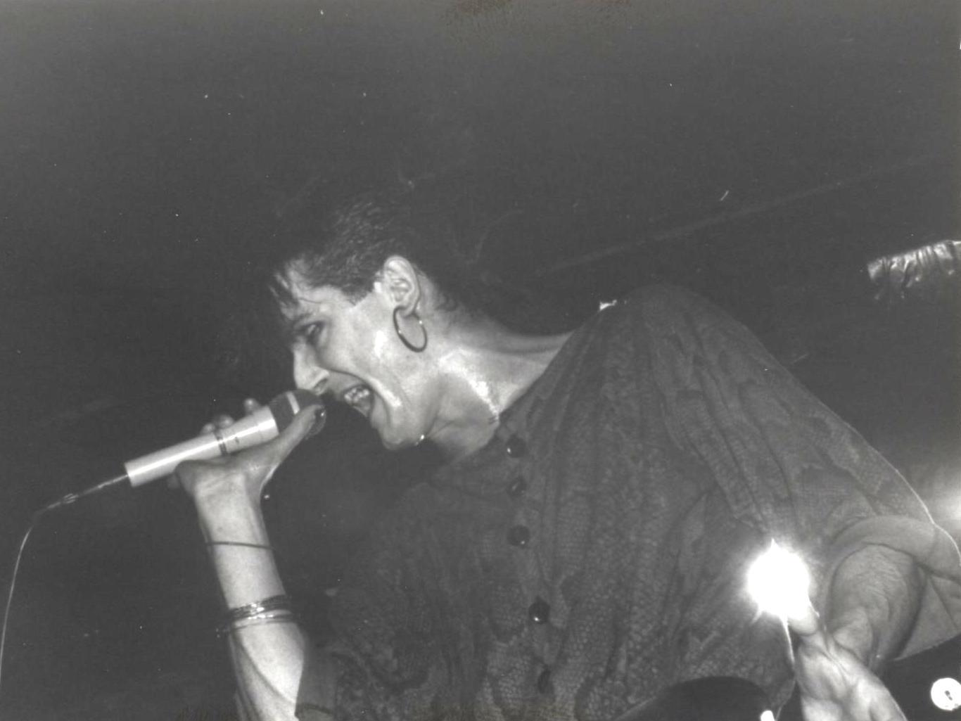 1985-03-09 m