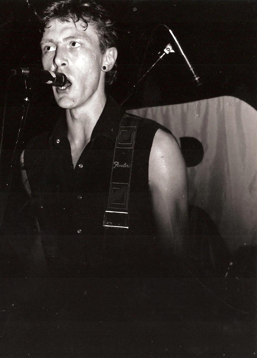 1985-03-15 i