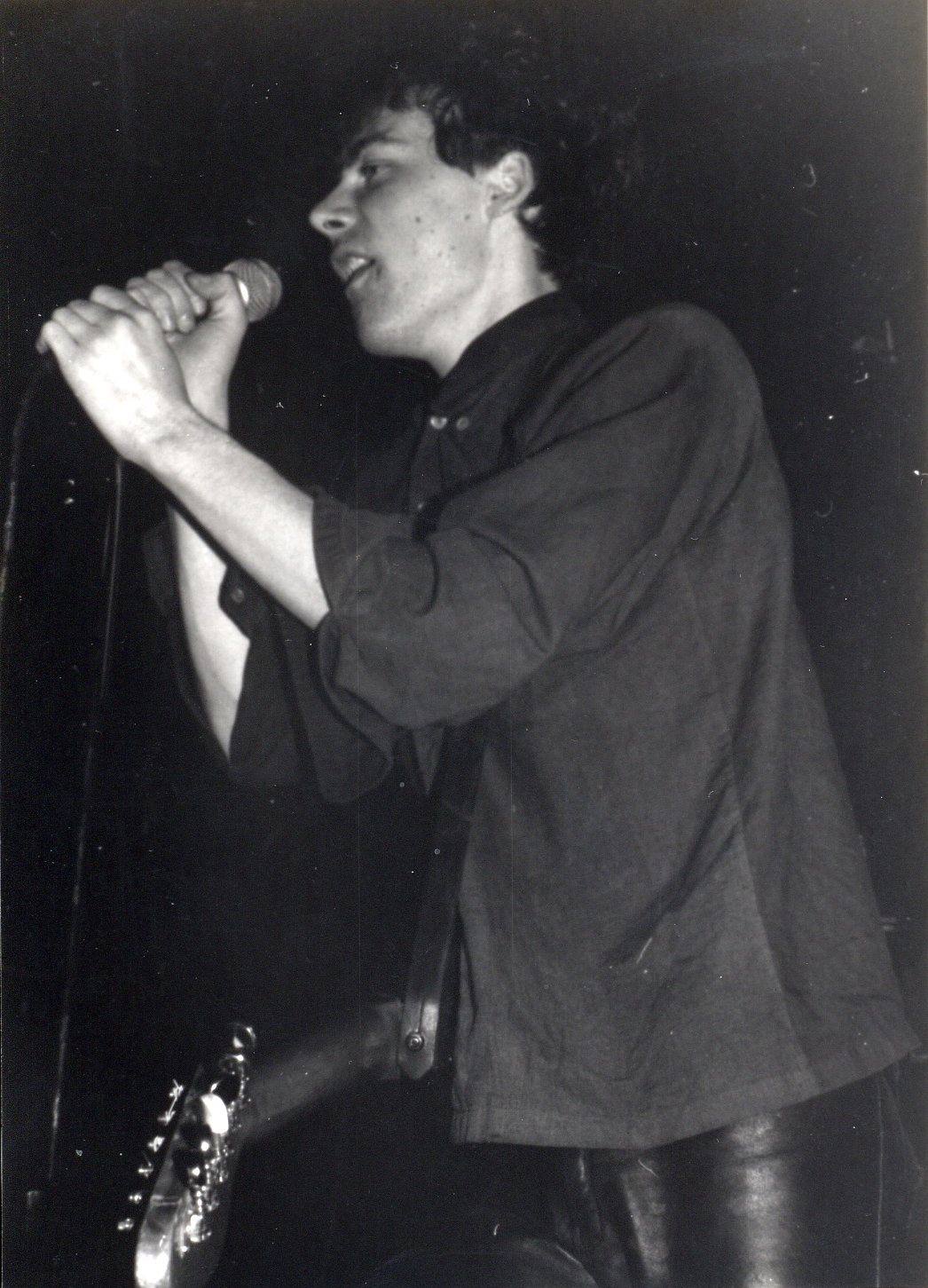 1985-04-05 a