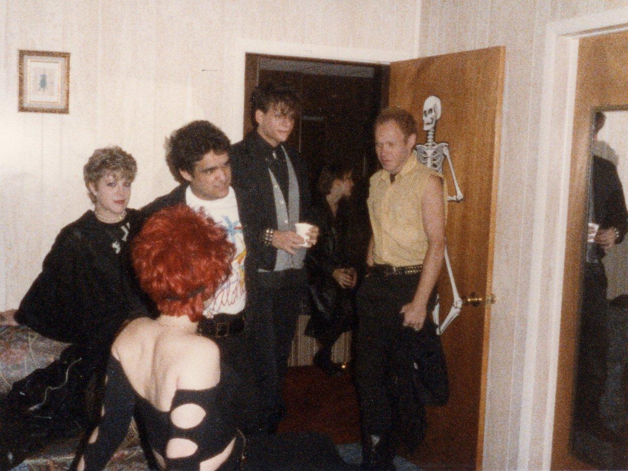 1985-10-05 a