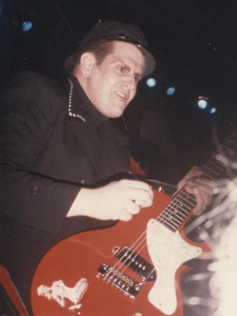 1985-11-24 e