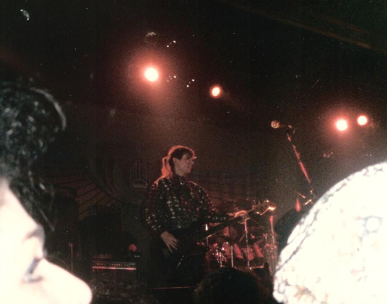 1985-12-06 a
