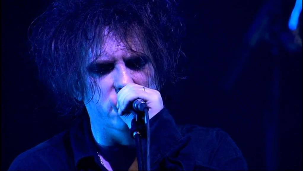"""Robert Smith to Curæte Festival in Los Angeles Area—Plus New Cure Album Info and More From His Interview Last Night on """"Debatable"""""""